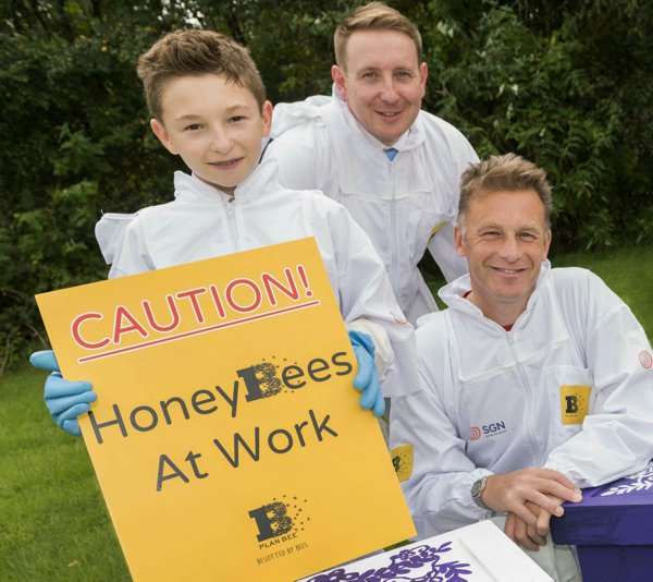 Chris Packham - Proud to Bee project
